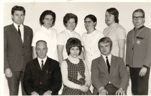 Starfsfólk skólans árið 1971
